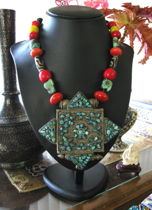 Antique Tibetan Gau Box, Necklace