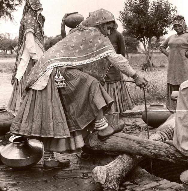 Rajasthani Woaen with Challa or Waist Skirt Ornament