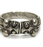 Vintage Indian Silver Ring, Makara Heads Thumb Ring, High Grade Silver, 12.8 Grams (0.450 oz.)