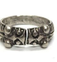 Vintage Indian Silver Ring, Makara Heads Thumb Ring, High Grade Silver, 12.8 Grams (0.450 oz.)