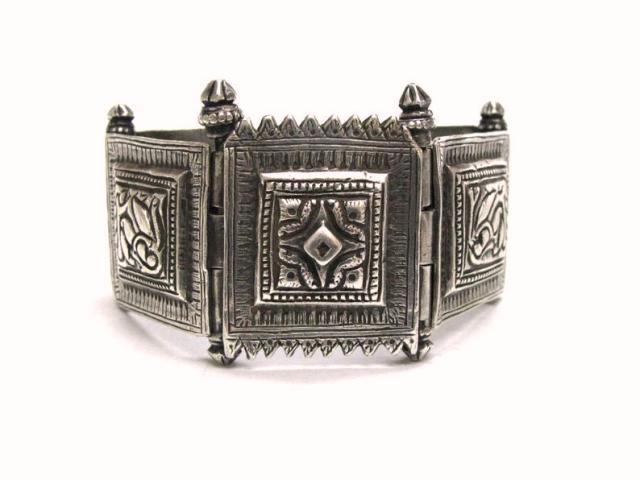 Antique Indian Bracelet, Tamil Nadu Silver Cuff Linked Bracelet,125.3 Grams